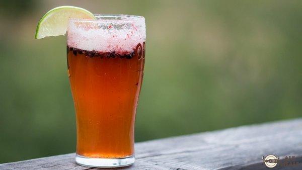 bier rezepte so machen sie aus bier leckere cocktails. Black Bedroom Furniture Sets. Home Design Ideas