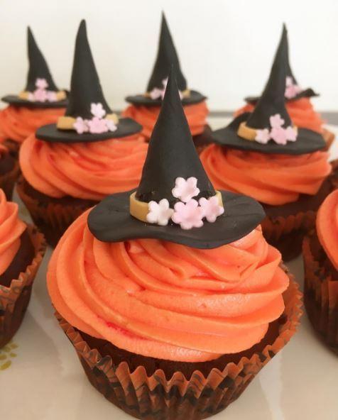 halloween rezepte gruselige kekse gehirn und blutige. Black Bedroom Furniture Sets. Home Design Ideas
