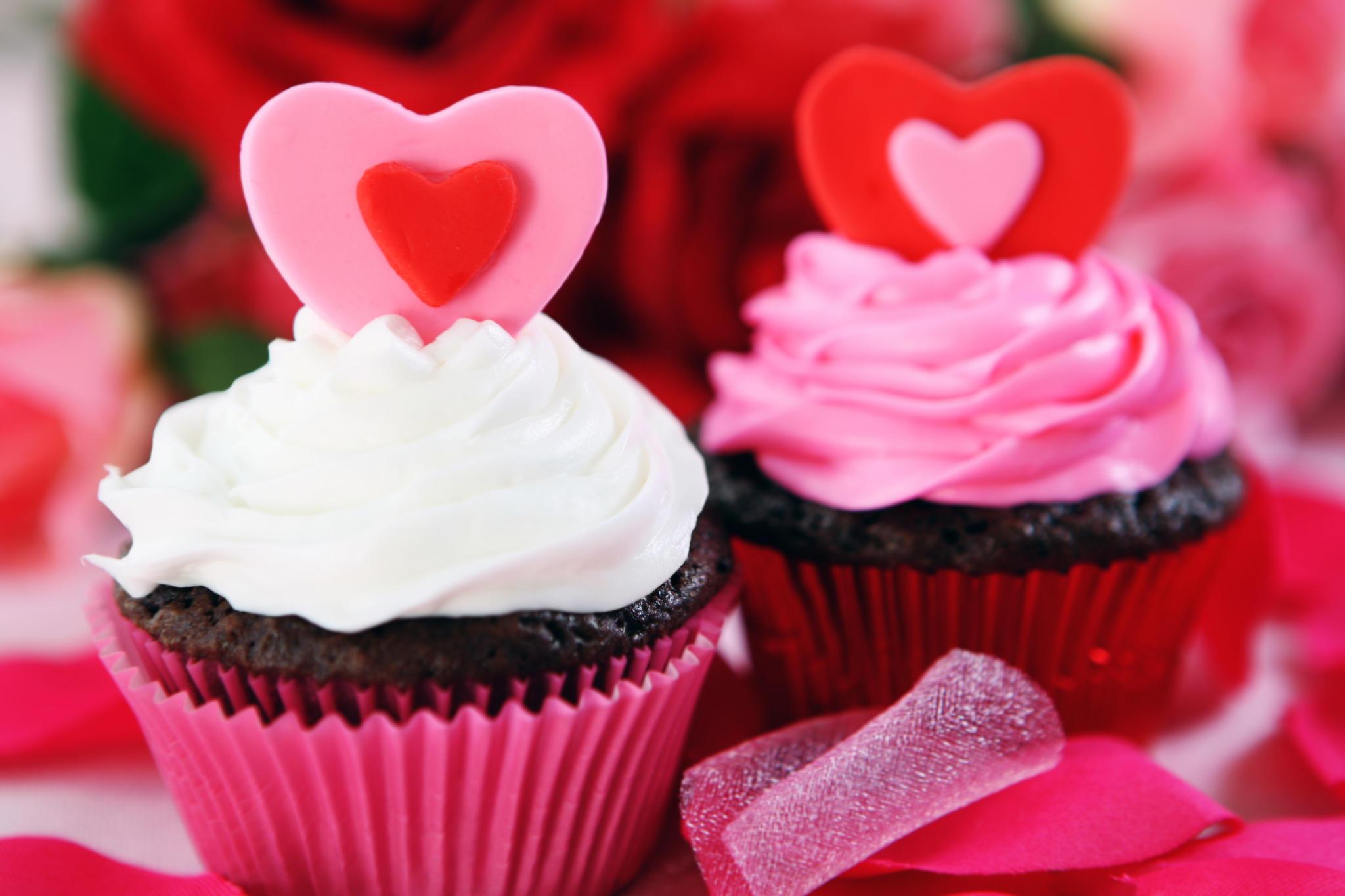 valentinstag rezepte kuchen kekse und cupcakes mit herz. Black Bedroom Furniture Sets. Home Design Ideas