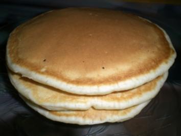 pancakes f r eine hungrige person rezept. Black Bedroom Furniture Sets. Home Design Ideas