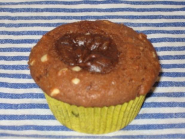 muffins mit nuttela f llung rezept mit bild. Black Bedroom Furniture Sets. Home Design Ideas