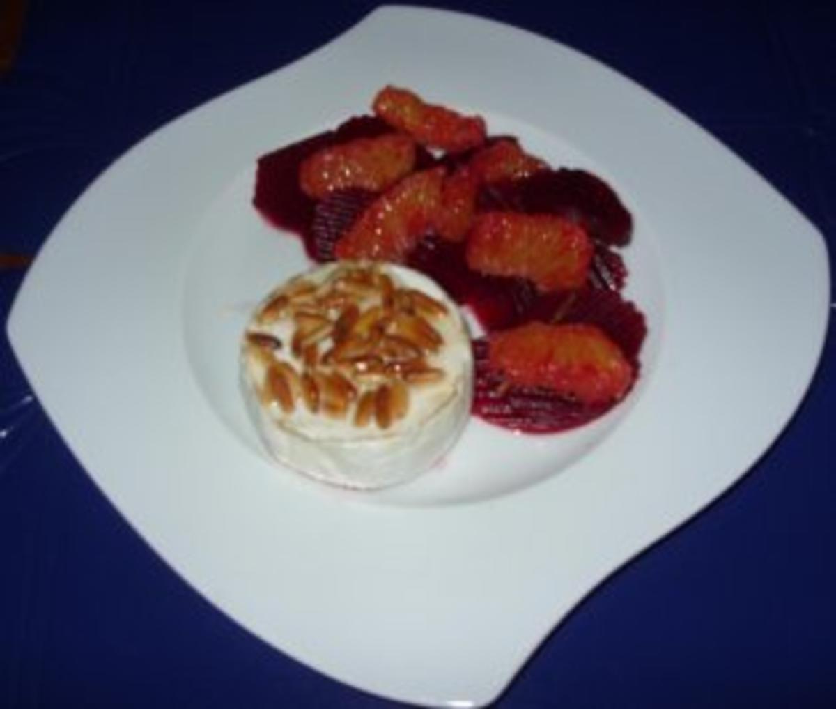 rote beete orangen salat mit gegrilltem camembert rezept. Black Bedroom Furniture Sets. Home Design Ideas