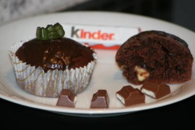 buttermilch muffins mit kinderschokoladen f llung rezept. Black Bedroom Furniture Sets. Home Design Ideas