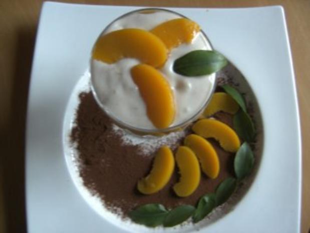 desserts eistee creme mit pfirsich rezept. Black Bedroom Furniture Sets. Home Design Ideas