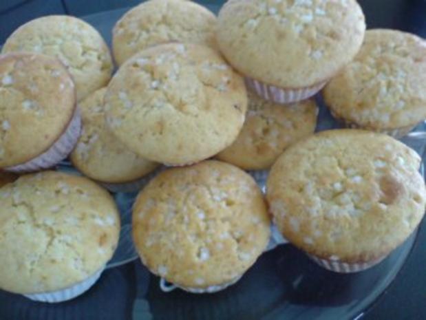 muffins mit leckerer pflaumenmu f llung und einer zuckerhaube rezept. Black Bedroom Furniture Sets. Home Design Ideas