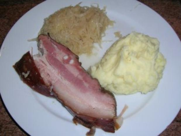 geräucherter speck an sauerkraut und kartoffelpüree - omas alte ... - Omas Alte Küche