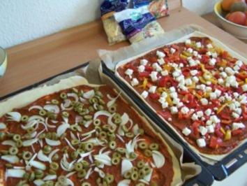 pizzavariationen vegetarisch rezept mit bild. Black Bedroom Furniture Sets. Home Design Ideas