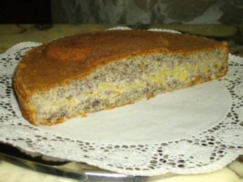 Kuchen mit apfelmus und mohn