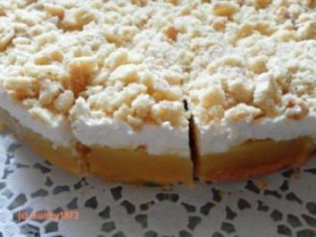 Apfel pudding kuchen mit sahne