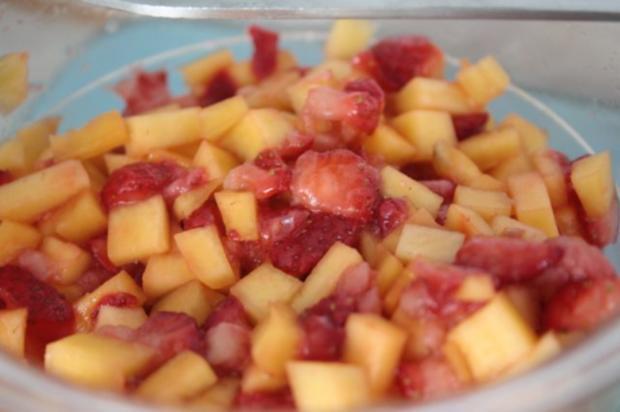 mango erdbeer salat rezept mit bild. Black Bedroom Furniture Sets. Home Design Ideas