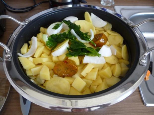 suppen eint pfe schnelle kartoffelsuppe mit gefl gelw rstchen rezept. Black Bedroom Furniture Sets. Home Design Ideas