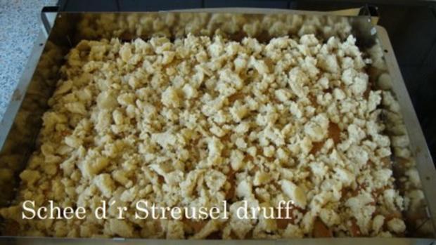 Stachelbeer kuchen mit streusel