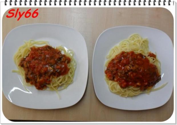 nudelgerichte spaghetti in tomatenso e rezept. Black Bedroom Furniture Sets. Home Design Ideas