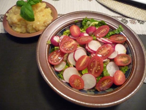 salat gemischten salat mit kartoffelsalat rezept. Black Bedroom Furniture Sets. Home Design Ideas