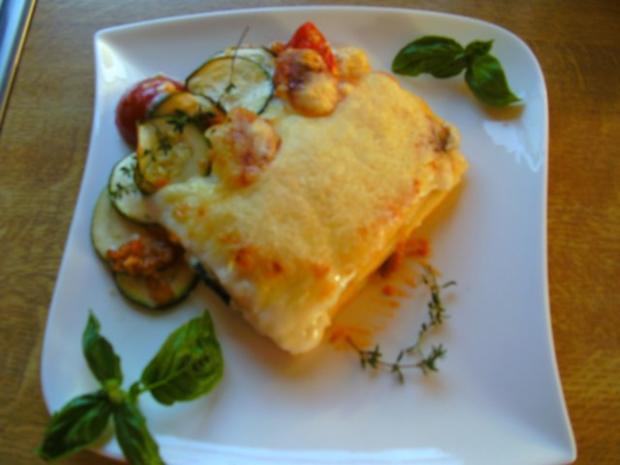 lasagne bolognese mit zucchini rezept. Black Bedroom Furniture Sets. Home Design Ideas