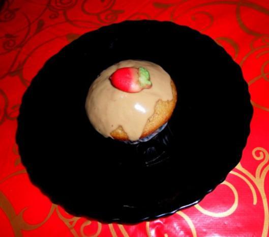 muffins mit cola lebkuchengew rz rezept. Black Bedroom Furniture Sets. Home Design Ideas