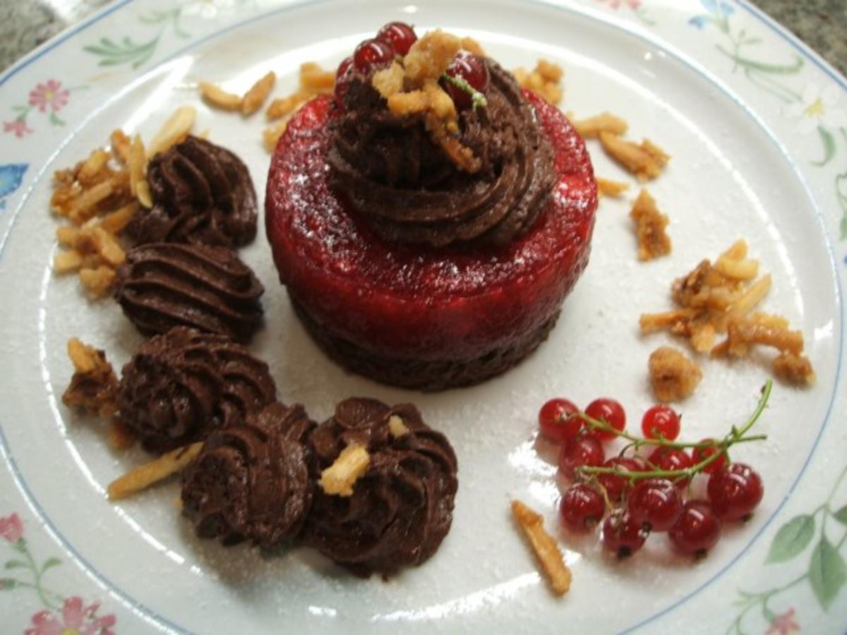 dessert trostpflaster schoko mousse liebt johannisbeergelee rezept. Black Bedroom Furniture Sets. Home Design Ideas