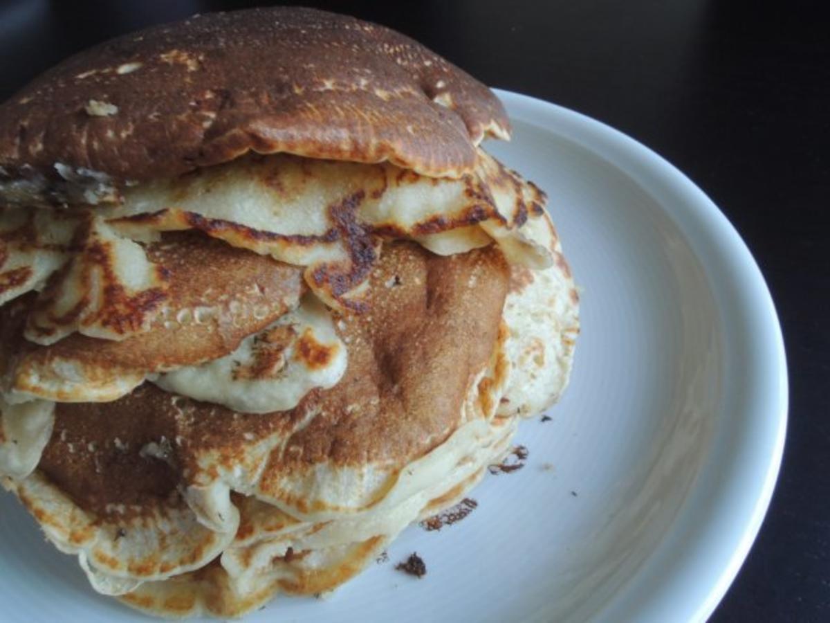 pancakes mit mehl und salz rezept mit bild. Black Bedroom Furniture Sets. Home Design Ideas
