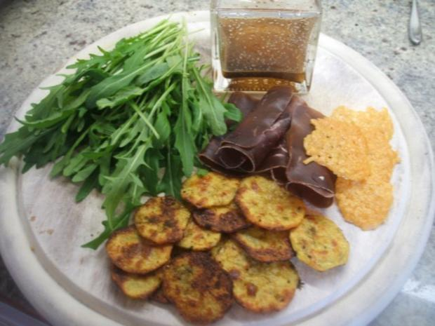 salate rucolasalat mit b ndner fleisch kartoffel und parmesanchips rezept. Black Bedroom Furniture Sets. Home Design Ideas