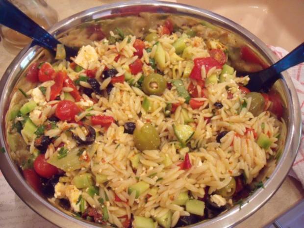 kritharaki antipasti salat rezept mit bild. Black Bedroom Furniture Sets. Home Design Ideas