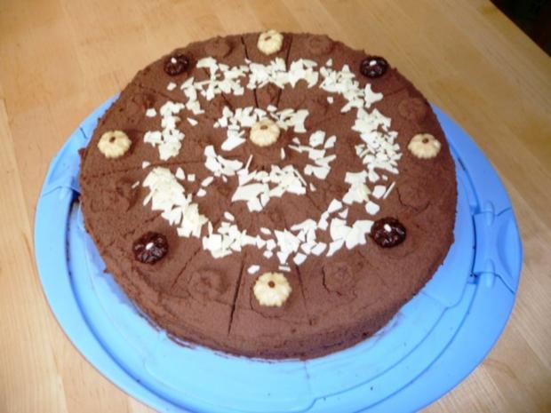 schokoladen marzipan torte rezept mit bild. Black Bedroom Furniture Sets. Home Design Ideas