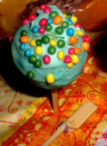 cake pops frisch lecker zitronig rezept. Black Bedroom Furniture Sets. Home Design Ideas