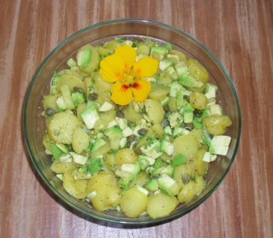 avocado kartoffel salat rezept mit bild. Black Bedroom Furniture Sets. Home Design Ideas
