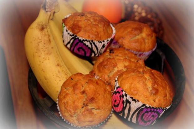 bananen walnuss muffins rezept mit bild. Black Bedroom Furniture Sets. Home Design Ideas