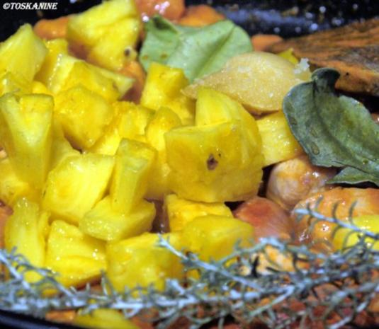 thai curry mit huhn und ananas rezept. Black Bedroom Furniture Sets. Home Design Ideas