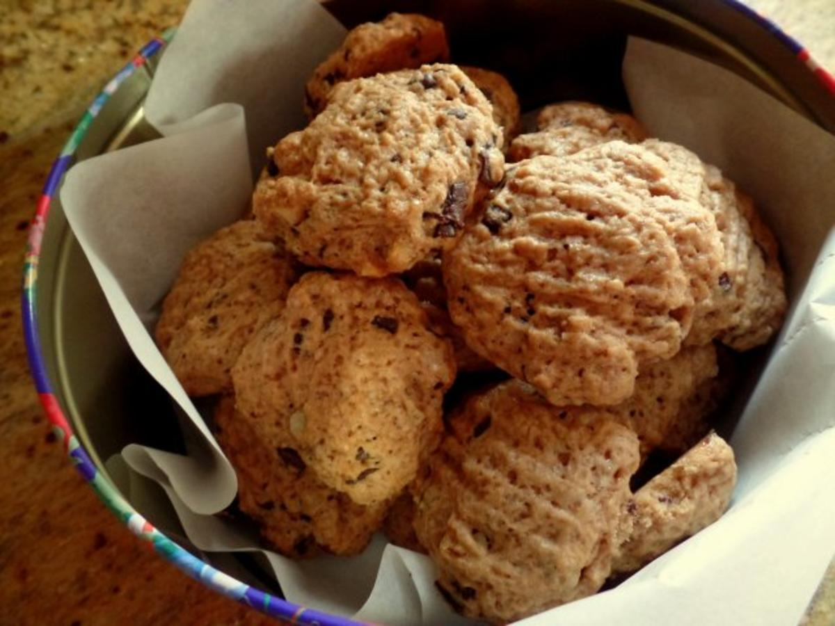 schoko nuss cookies rezept mit bild. Black Bedroom Furniture Sets. Home Design Ideas