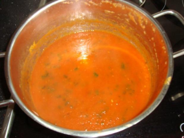 tomatensauce vielseitig verwendbar ob als sauce f r pizza oder einfach nur ber leckere pasta. Black Bedroom Furniture Sets. Home Design Ideas