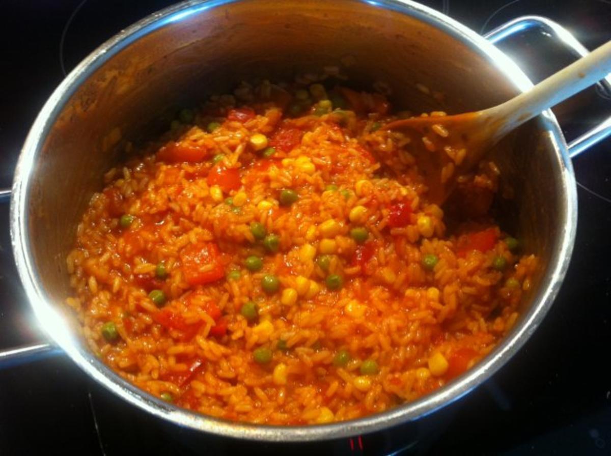 Djuvec reis rezept mit bild - Reis kochen tasse ...