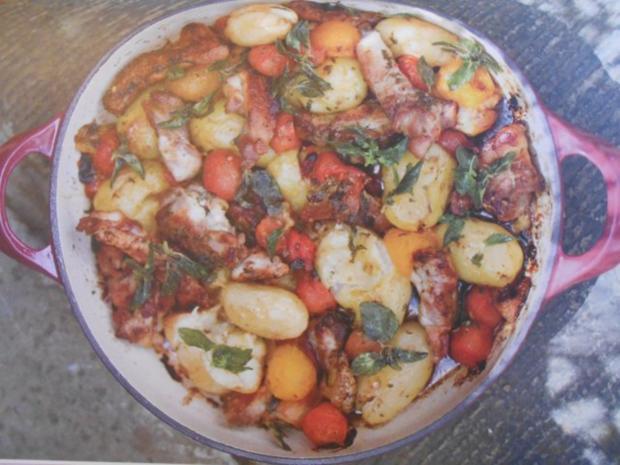 bauerntopf mit h hnchen fr hkartoffeln und tomaten la jamie oliver rezept mit bild. Black Bedroom Furniture Sets. Home Design Ideas