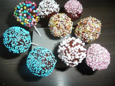 15 cake pops ohne frischk se rezepte. Black Bedroom Furniture Sets. Home Design Ideas