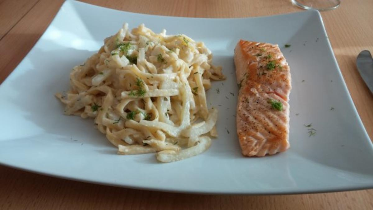 lachs mit fenchel pasta rezept mit bild. Black Bedroom Furniture Sets. Home Design Ideas