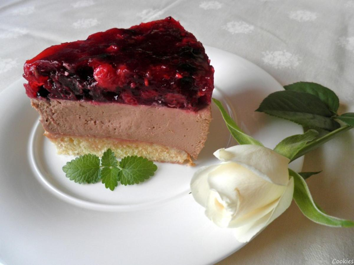 kleine beeren schoko mascarpone torte rezept. Black Bedroom Furniture Sets. Home Design Ideas