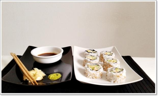 sushi california rolls selber machen rezept. Black Bedroom Furniture Sets. Home Design Ideas
