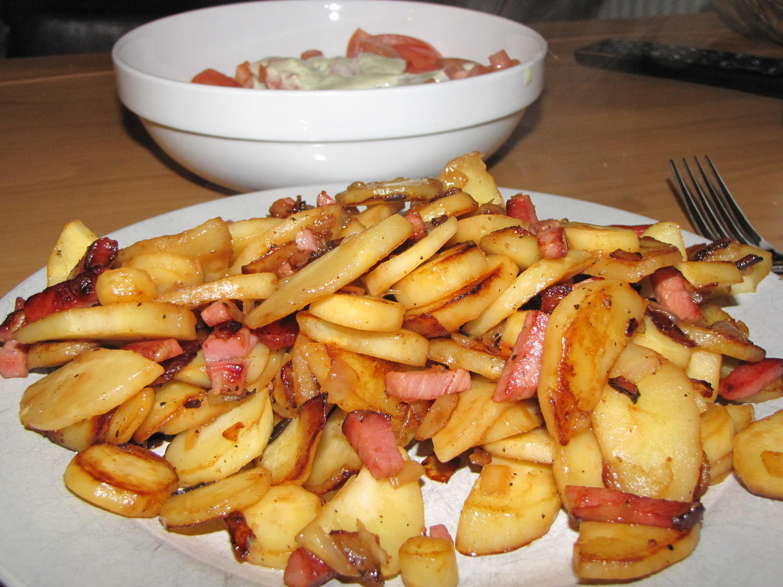 Pastinaken Bratkartoffeln - Rezept mit Bild - kochbar.de