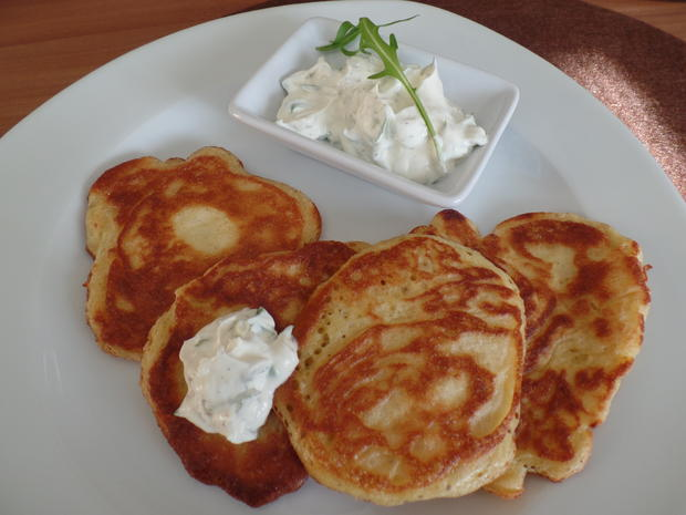 blini mit rucola creme rezept mit bild. Black Bedroom Furniture Sets. Home Design Ideas
