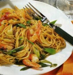 italienisch kochen mit garnelen spaghetti italienische k che 16 rezepte. Black Bedroom Furniture Sets. Home Design Ideas