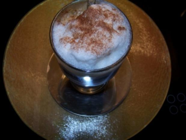 latte macchiato all 39 amaretto rezept mit bild. Black Bedroom Furniture Sets. Home Design Ideas