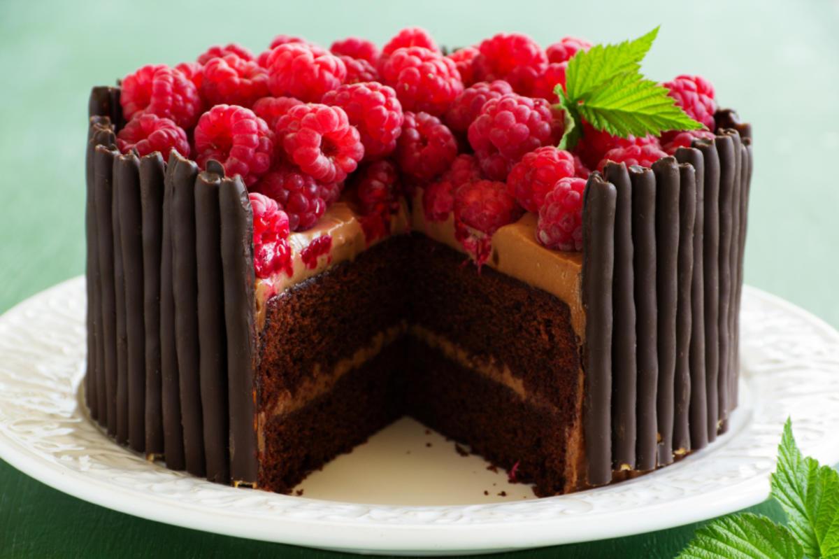 Torte mit zahl verzieren