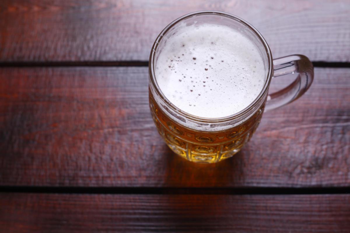 warmes bier gegen erk ltung ein hausmittel das in ma en. Black Bedroom Furniture Sets. Home Design Ideas