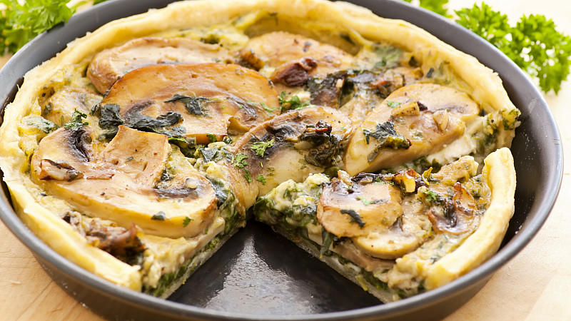 Quiche in einer Quicheform