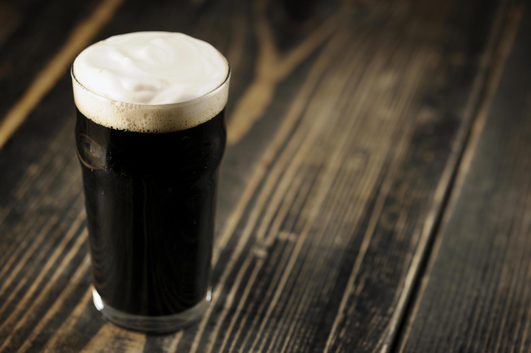 Bier passt zu feinem Essen