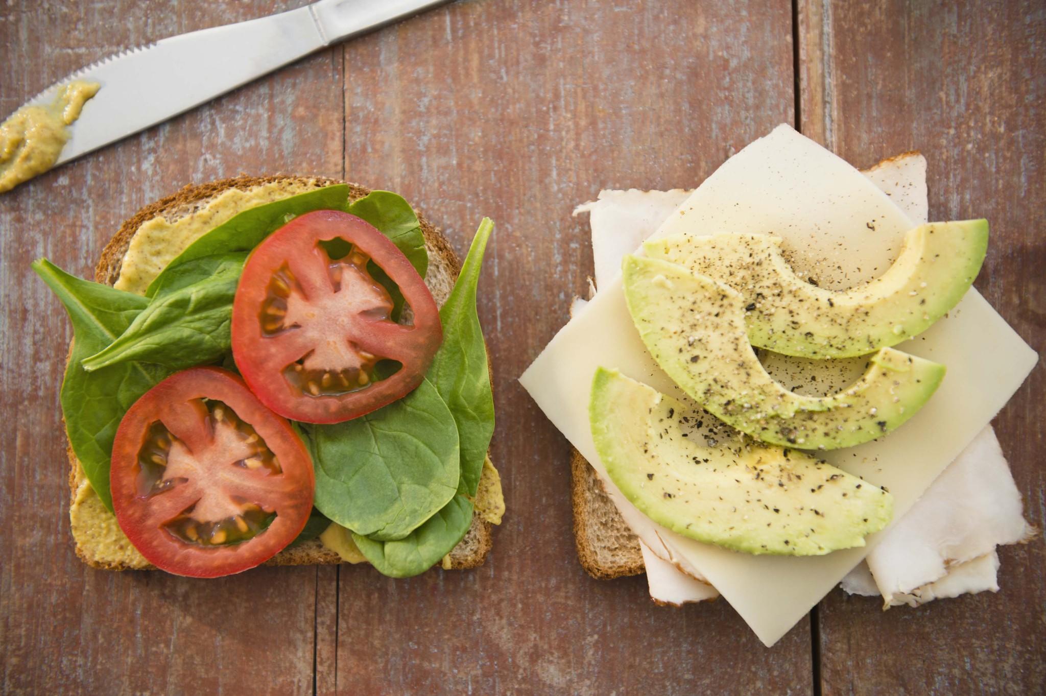 avocado richtig essen diese fehler sollten sie vermeiden. Black Bedroom Furniture Sets. Home Design Ideas