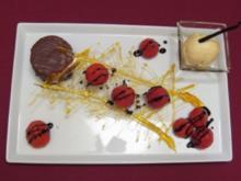 Baumkuchen an Erdbeer-Balsamico-Rutsche mit Bourbon-Vanilleeis - Rezept