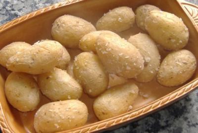 Papas Arrugadas ( kanarische Runzelkartoffeln ) - Rezept