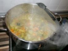 Suppe: Kartoffel-Gemüsecremesuppe - Rezept