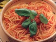 erster gang  spaghetti mit geroesteten tomaten - Rezept